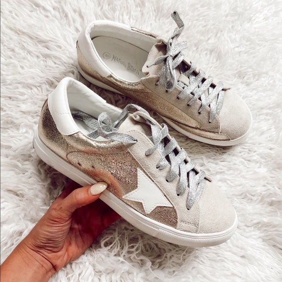 nature breeze dale star sneakers in gold